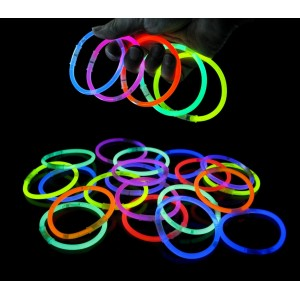 Braccialetti luminosi colorati set da 15 bracciali glow in the dark fluorescenti s'illuminano al buio