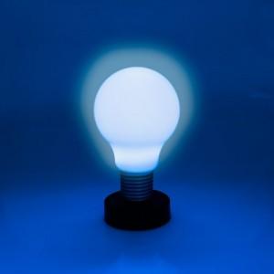 Lampada led  a forma di lampadina gigante sistema di accensione e spegnimento push