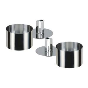126315 Set di 2 coppapasta rotondi in acciaio 8x4 cm con stantuffo Gusto CASA