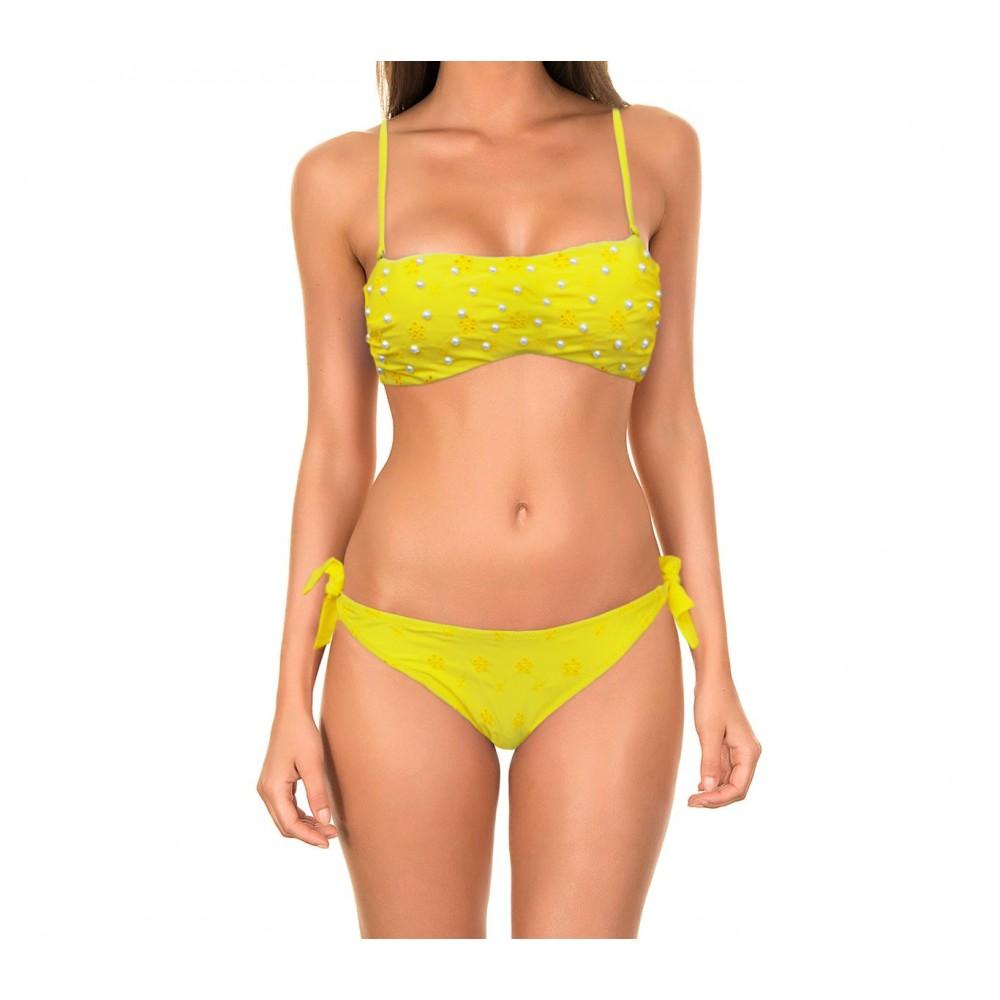 Costume bikini a fascia modello Flawless con applicazioni in perle